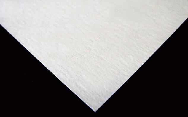暖かい雰囲気の柔らかな質感のスムース紙。
